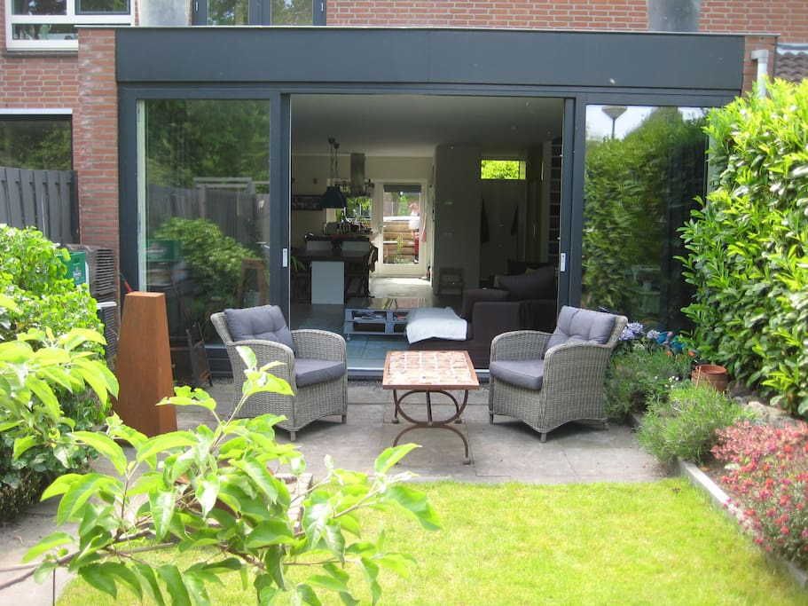 Back garden, sunny all day long