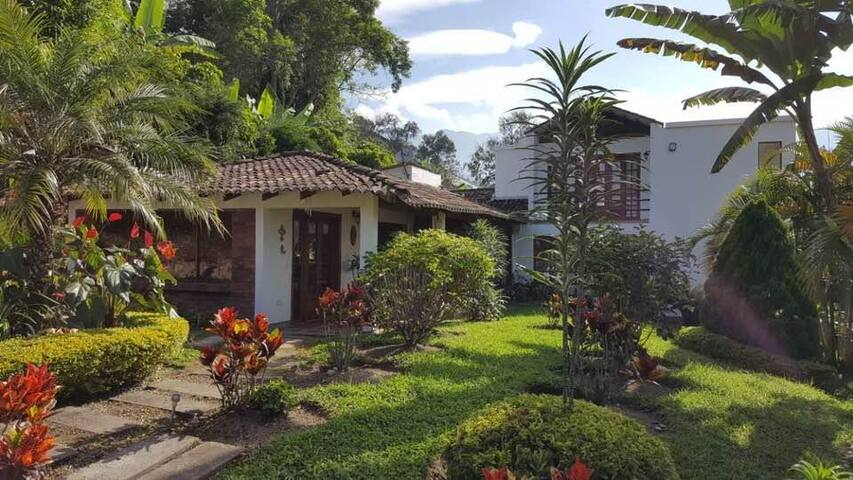 Hermosa casa campestre en Anolaima, Cundinamarca