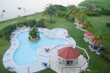 Bayside Tower condo seaview wf cable tv gated park