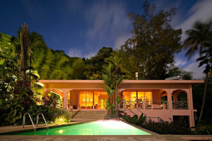 Casa Flamboyant Bed & Breakfast - Taino Room