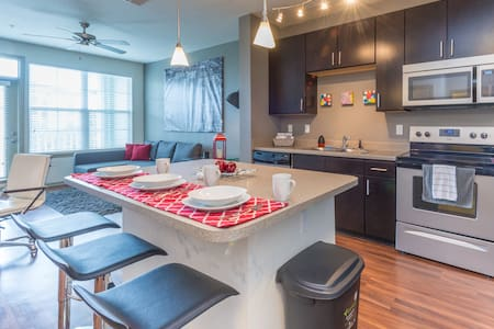 Luxury in best Area + Free parking & WiFi - Orlando