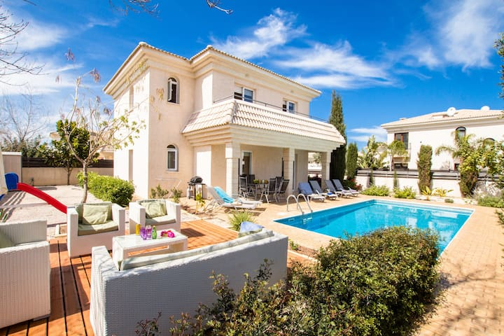Blue Water Bay Villa - Protaras - Casa