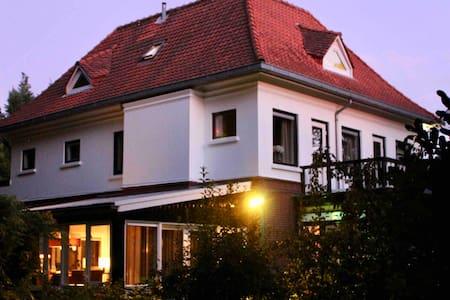 4 pers appartement met 2 slaapkamers en woonkamer