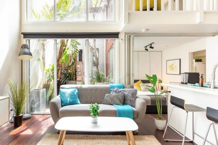 LOFT: Light-filled style near Smith St + Courtyard