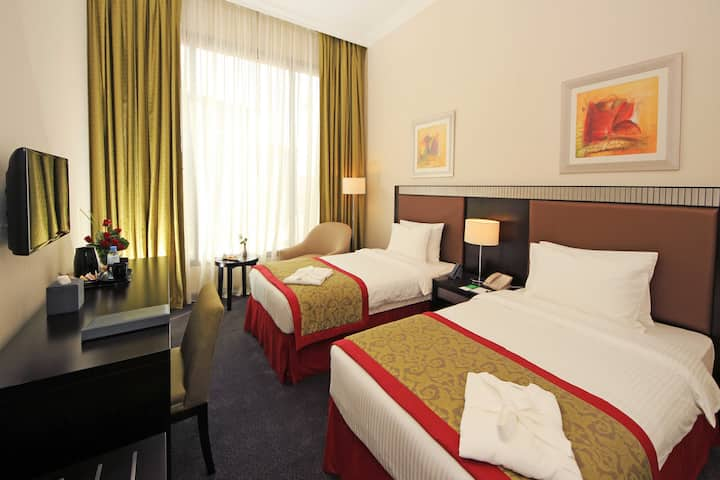 Millennium Central Doha - Classic Twin Bed Room