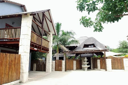 Beyond the Boma - Boutique Lodge