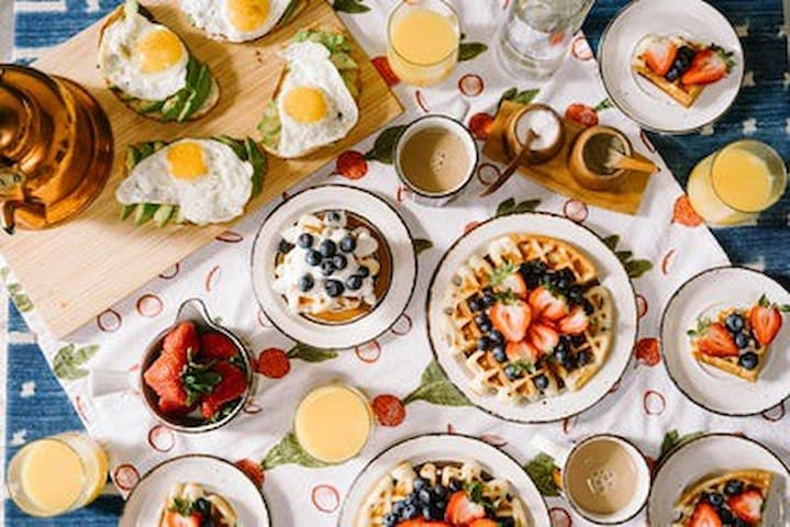 Breakfast for your group!