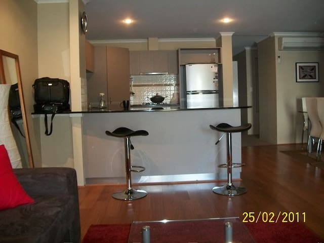 Fantastic apartment - top location - Northbridge - Leilighet
