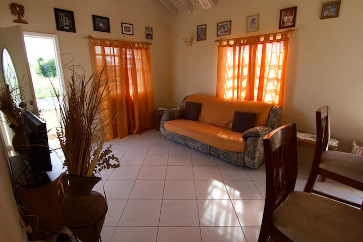 Lovely two bedroom Home in Paradise