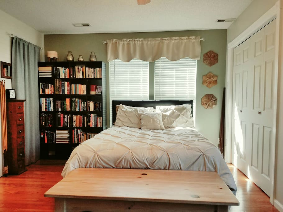 Taste Of Charlotte Master Suite With Full Bath Houses For Rent In Charlotte North Carolina