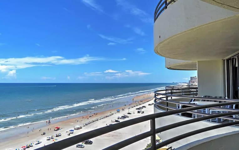 2BR Daytona Beach Condo w/Oceanfront Views! - Daytona Beach Shores - Condomínio