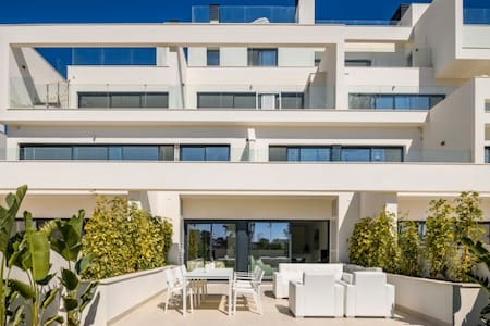 Las Colinas appartment with amazing roof terrace