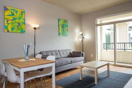 Newly built upscale one-bedroom near Intel/Nike - Hillsboro