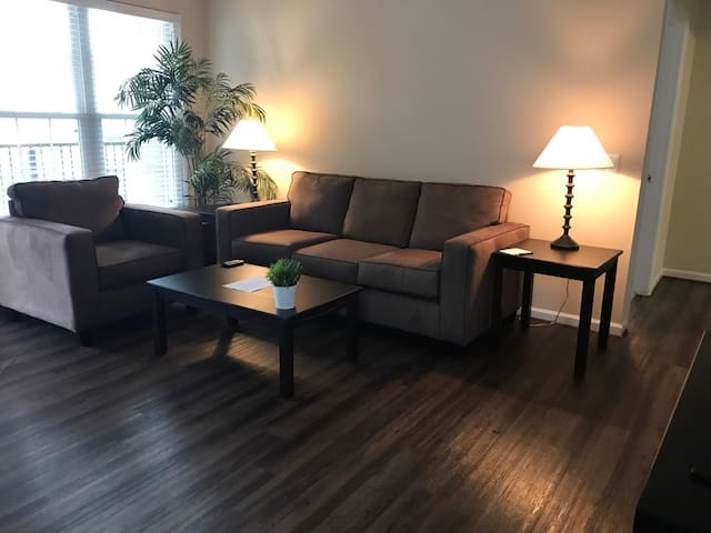 1 bed in the heart of Williamsburg! (3101)