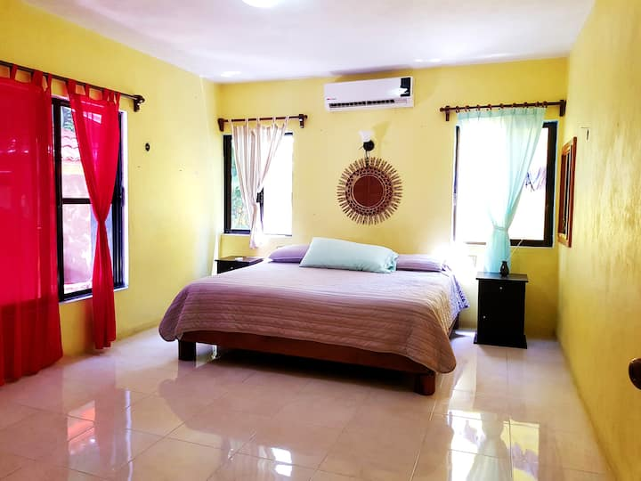 Beautiful room with bathroom, fast wi-fi and pool