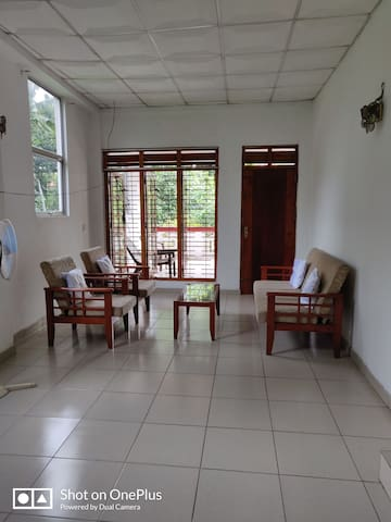 Private 2 bedroom flat for short or long stays