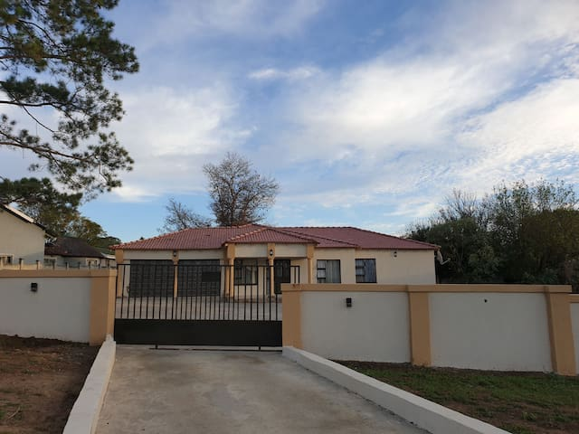 Lindo Guest House