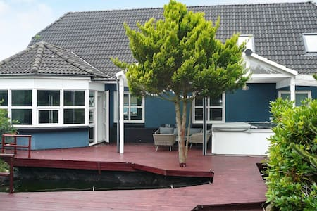 10 person holiday home in Aalestrup
