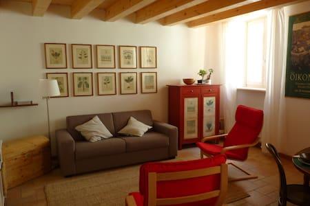 """L'Ora del relax""  historic center 022153-AT-05114"
