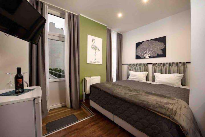 Hotelzimmer in Berlin | Prenzlauer Berg | 8| NEU