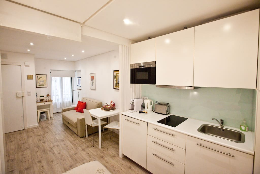 New madalena charming studio apartments for rent in for 417 salon downtown