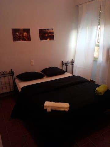 Preciosa habitaci n con piscina apartamentos en alquiler for Alquilar habitacion en murcia