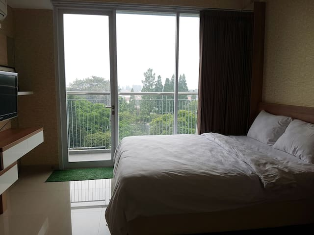 Beautiful Mountain View at Dago Suites Apartment - Coblong - Apartment
