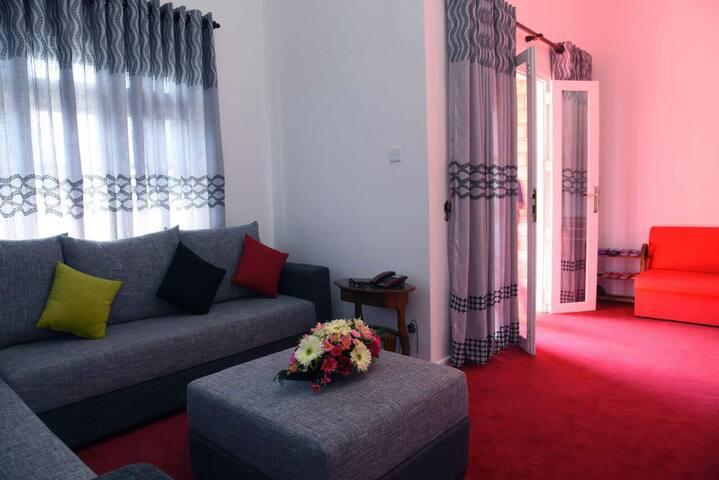 The Royal Terrace Bungalow - five bed room  villa - Nuwara Eliya - Villa