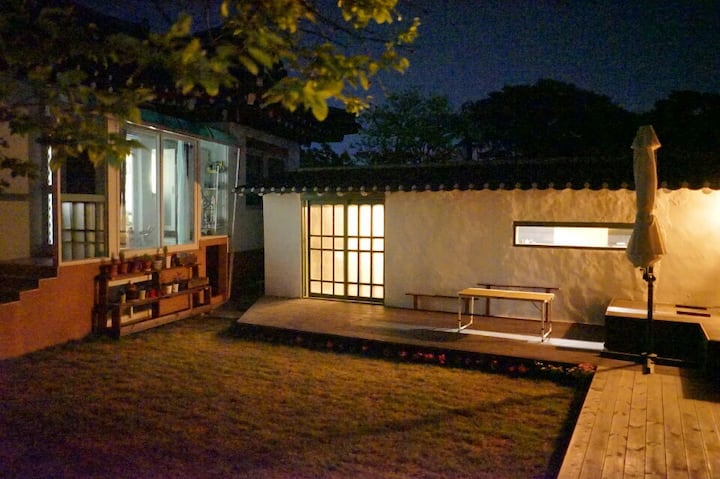 (2-2) OKIHOUSE (Share house-2bed twin room)