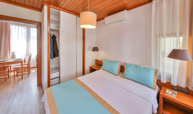 1. Yatak Odası/1st Bedroom