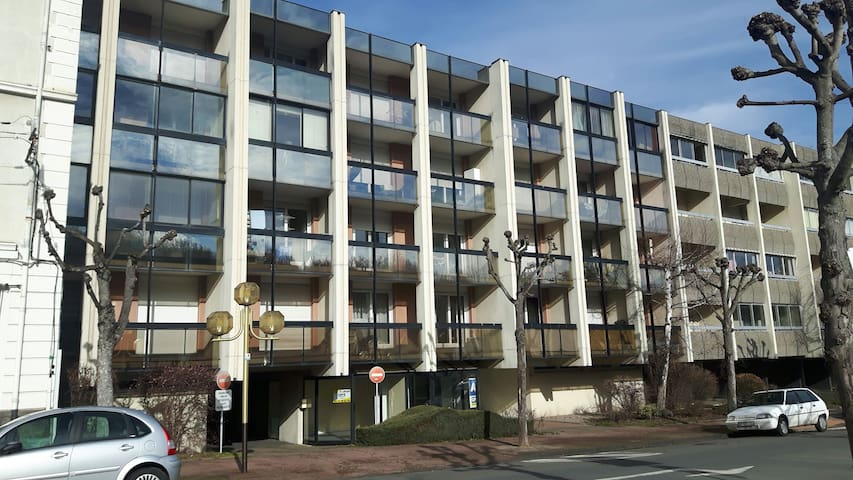 studio moderne - Châtel-Guyon - Apartament