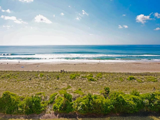 Oceanfront Condo in Heart of Wrightsville Beach