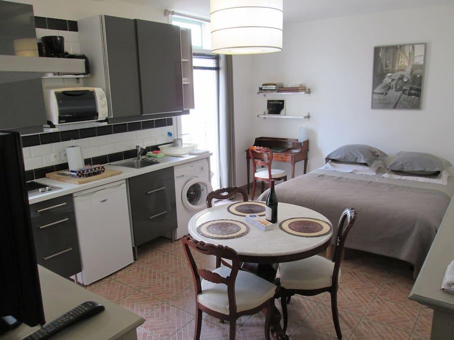 Studio doisneau dans d 39 anciennes curies appartements lou - Ecurie maisons laffitte ...