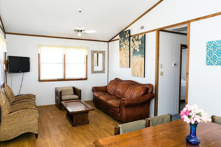 Oceanfront, Dog-Friendly House w/ Free WiFi, Shared Pool, Ocean View, Central AC