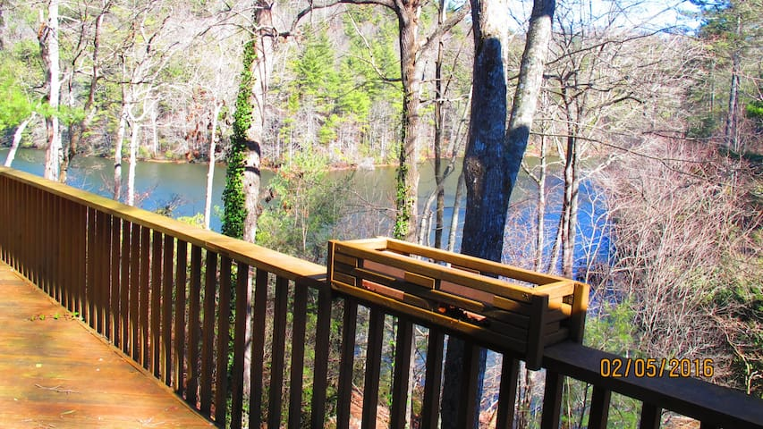 Luxury 4BR-3BA Lakefront Cashiers Townhome-No Fees - Sapphire - Adosado