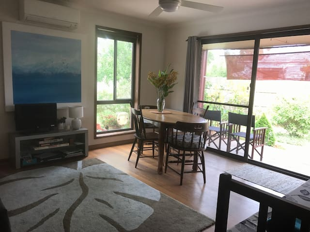 Own Entrance/ Private Space - Barwon Heads