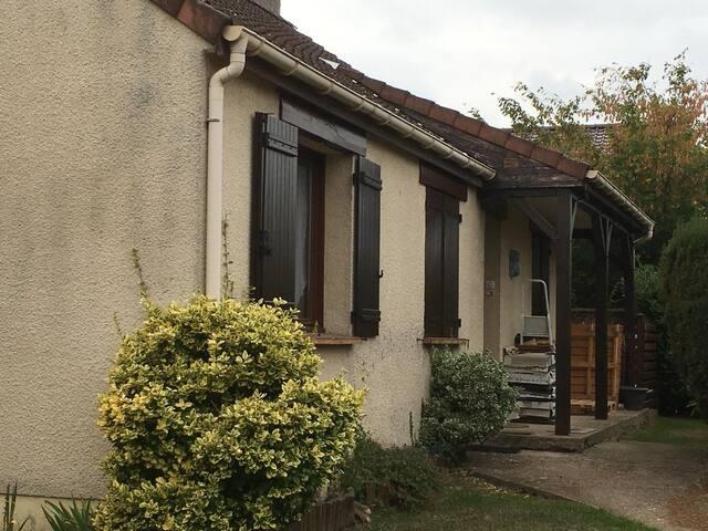 Maison individuelle avec jardin proche Paris
