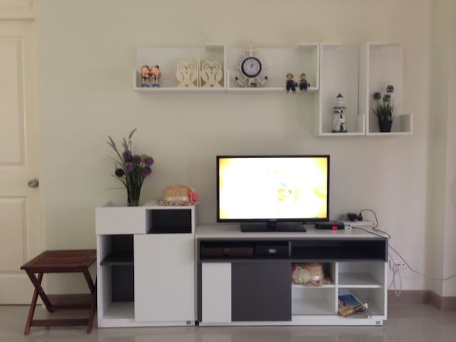 House numb (Phone number hidden by Airbnb) Casa Seaside Rayong