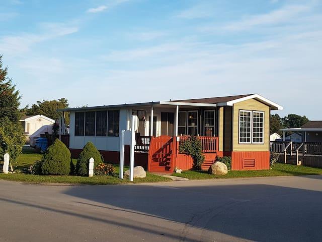 Sherkston Paradise Resort Home Near the Funplex