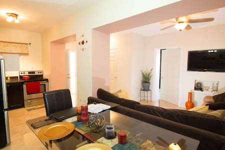 Modern Luxury Kingston Apartment - Kingston - Apartemen