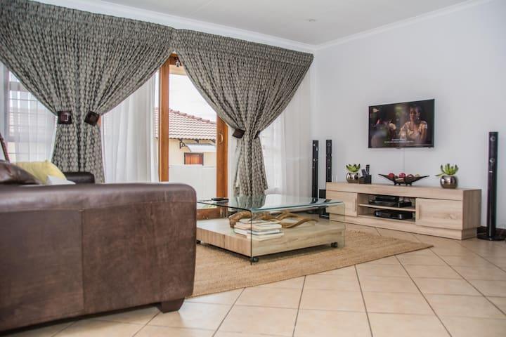 Clean and spacious home in Centurion, Pretoria