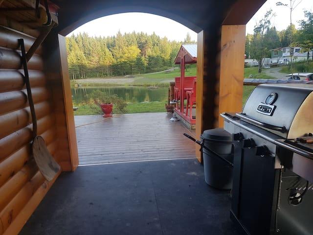 Ma cabane au Canada !! On s'en va Ô CHÂLÂ !