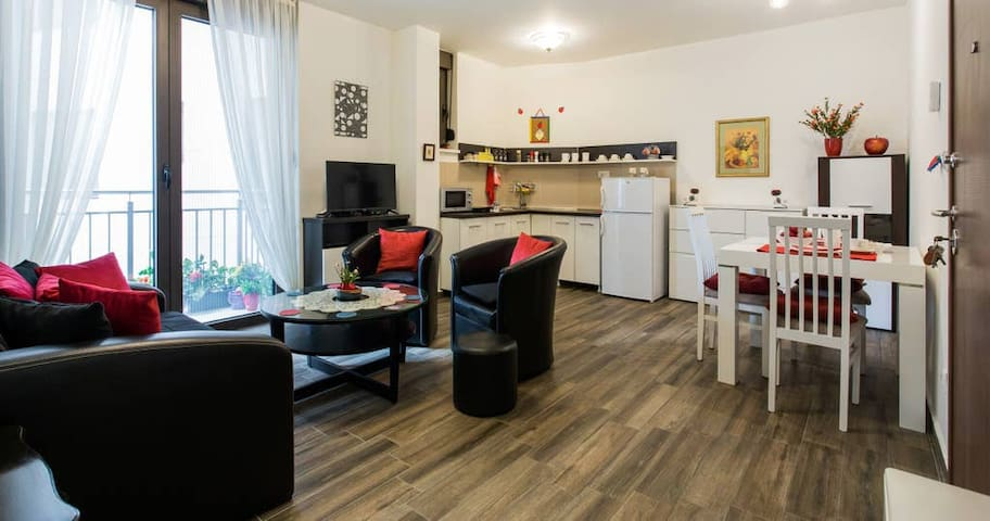 La Pomme Rouge Appartement! PROMO! CLICK NOW!