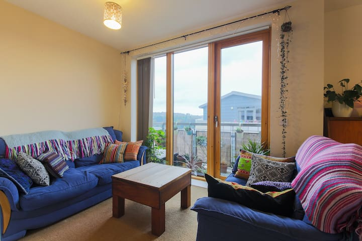 Comfy double in beautiful city centre penthouse