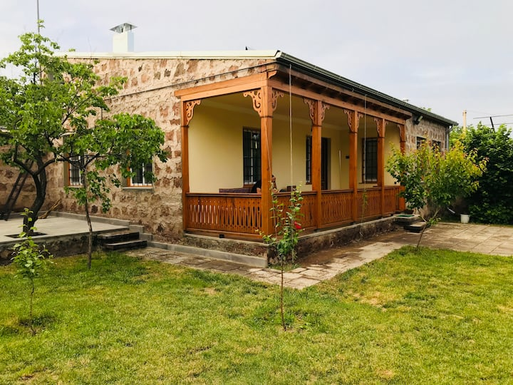 Armenian Village Villa Guest House & Tours