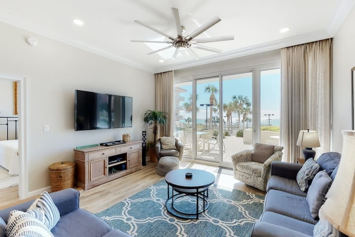 Incredible, family-friendly retreat w/beach views and shared hot tub and pool