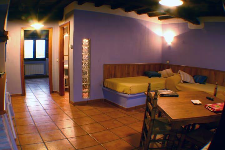 Apartamento de 4 plazas  El Canchal - Hervás - Flat