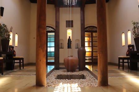 Josephine Villa - Unique luxury Portuguese Villa