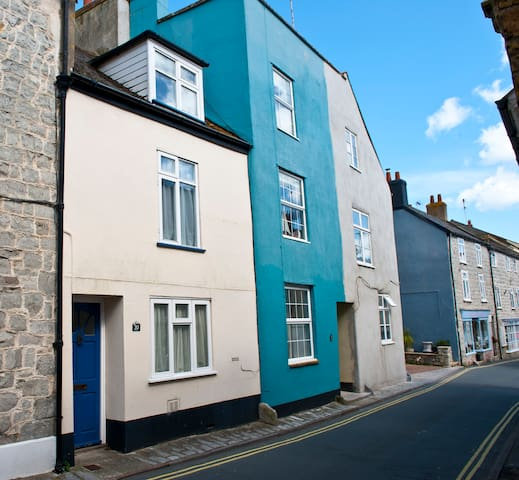 4 Bed Town House close to Beach - Lyme Regis - House