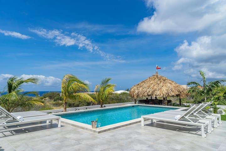 Luxe kindvriendelijke villa, panoramisch zeezicht